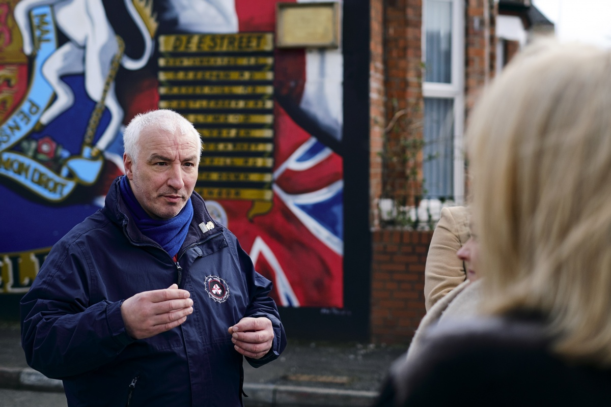 East Belfast Mural Tour